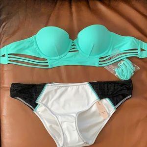 Victoria's Secret bikini set!